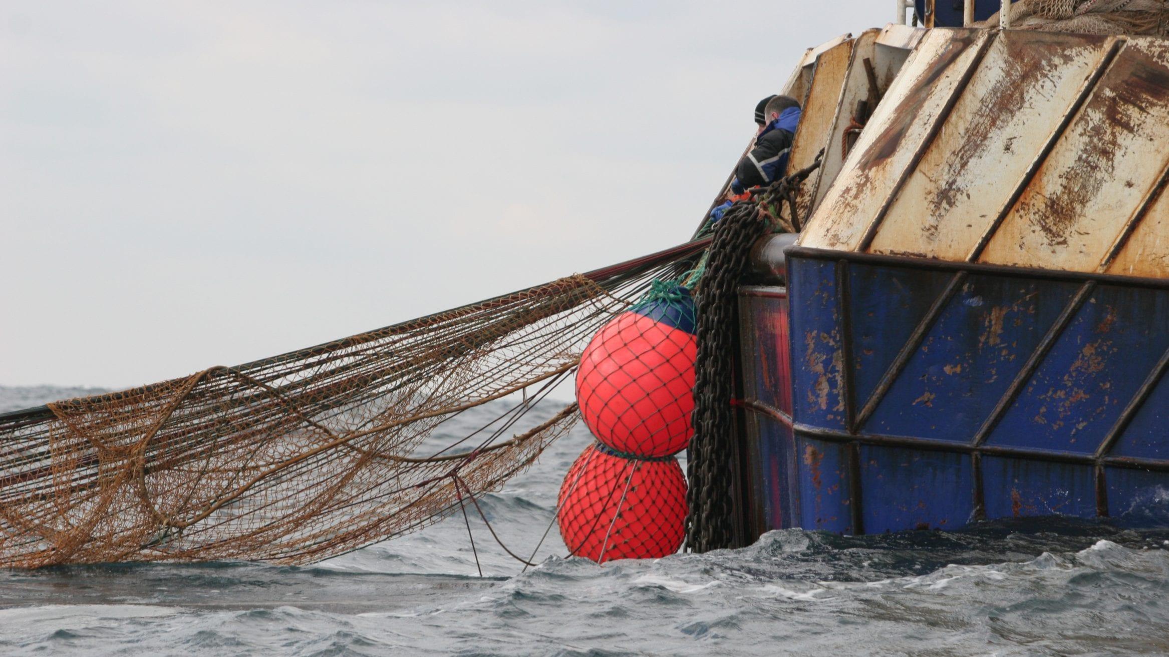 Greenpeace ghost gear fishing ghost nets ocean plastic pollution