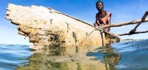 Kokoly Madagascar fisherwomen Garth Cripps Blue Ventures canoe