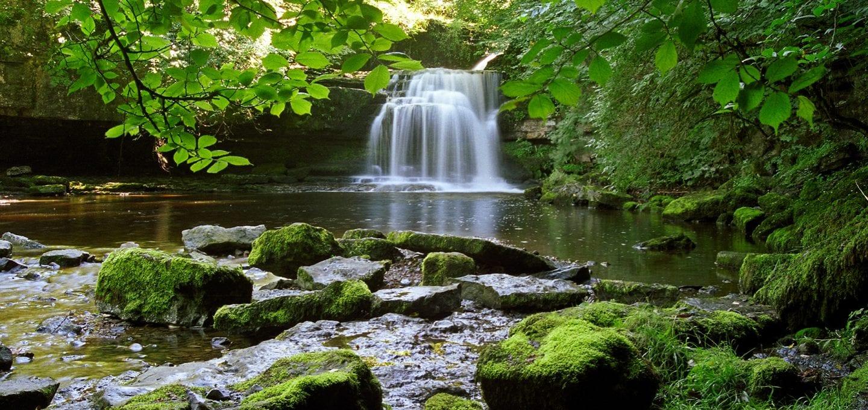 wild swimming West Burton Waterfalls