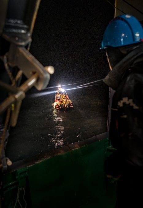 polar night arctic light pollution marine organisms small boats