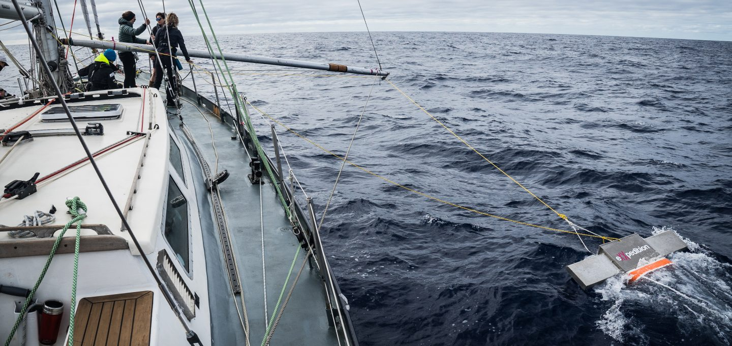 eXXpedition ocean plastic pollution manta trawl