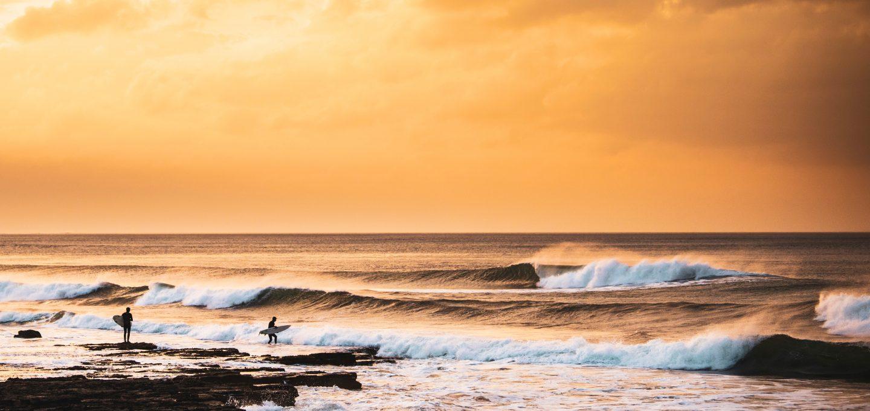ACOTE extreme surfing iceland sunset