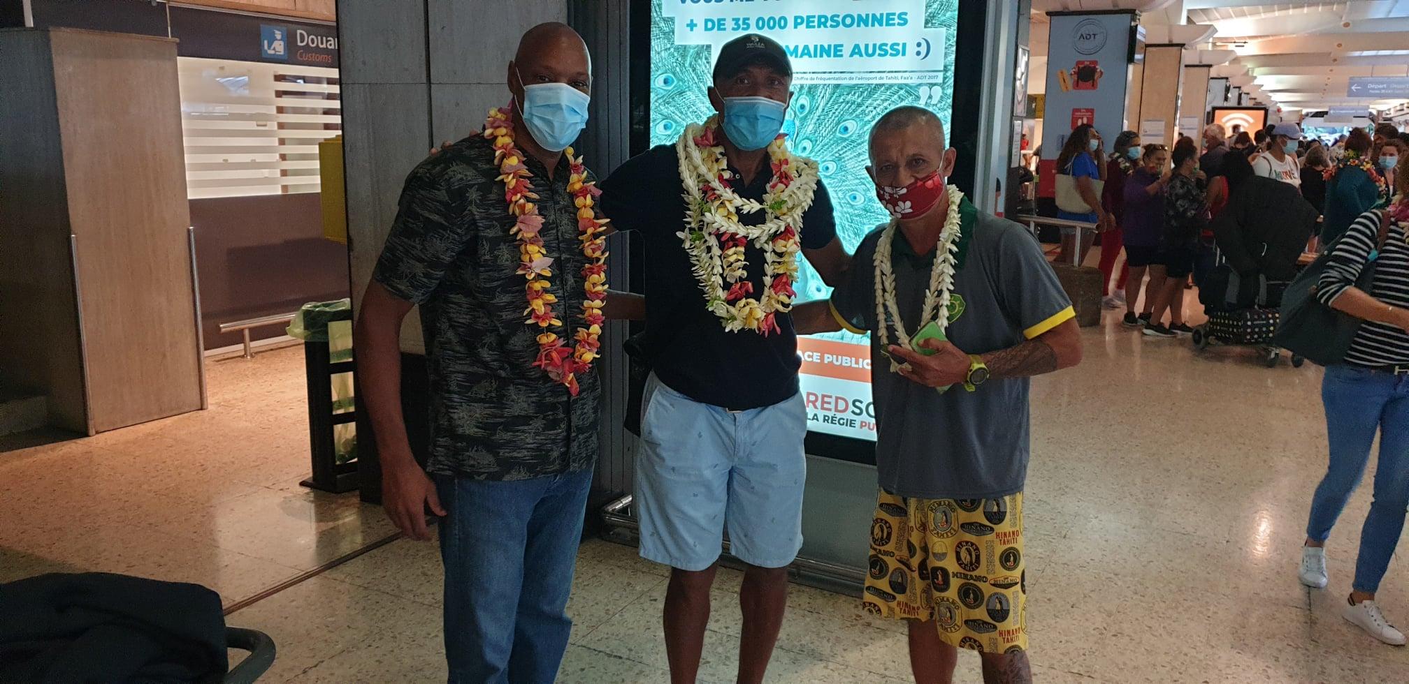 Sports Outre-mer : En visite en Polynésie, Antoine Kombouaré veut « redonner espoir au football » local
