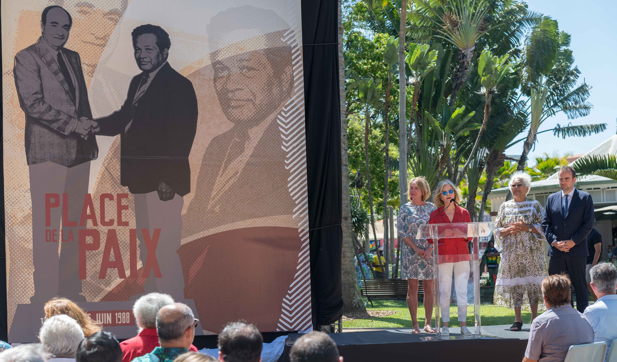 Nouvelle-Calédonie : Fin du square Olry qui devient « Place de la Paix »