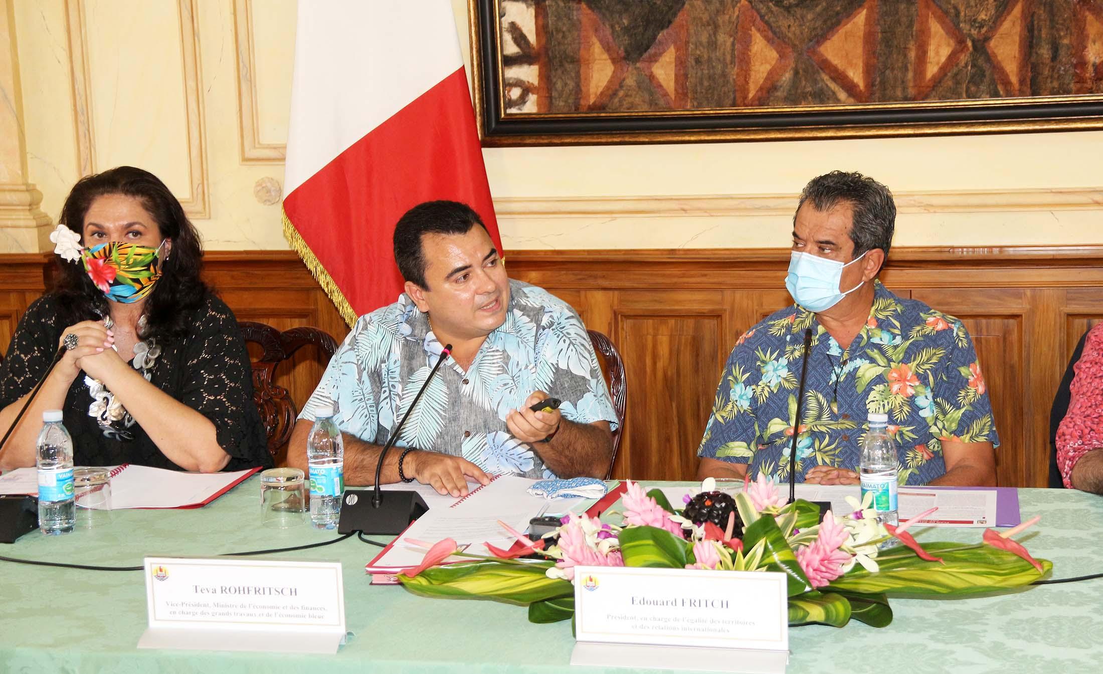 En 2014, Teva Rohfritsch a rejoint Édouard Fritch, président de la Polynésie, pour former une majorité, réélue en 2018. Il avait notamment occupé le poste de Vice-président et a préparé le plan de relance économique de la Polynésie ©Gouvernement de la Polynésie