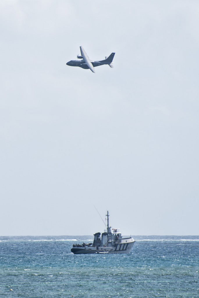 Dans le cadre de la préparation opérationnelle des unités, cet exercice inter-armées nommé Caraïbes, permet au 33e RIMa d'effectuer un exercice de stabilisation/coercition de force. Un CASA, de l'armée de l'air et de l'espace, et le RPC Maïto, de la Marine nationale. Vauclin du 24 au 26/11/2020.