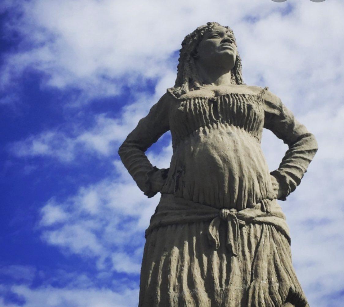 Statue de Solitude en Guadeloupe ©Facebook / Joella Mag