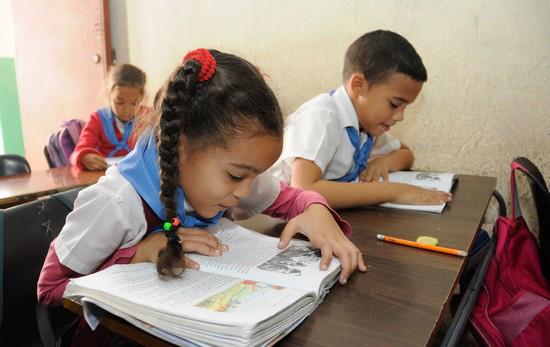 Regain de cas de coronavirus à Cuba, les écoles de La Havane referment