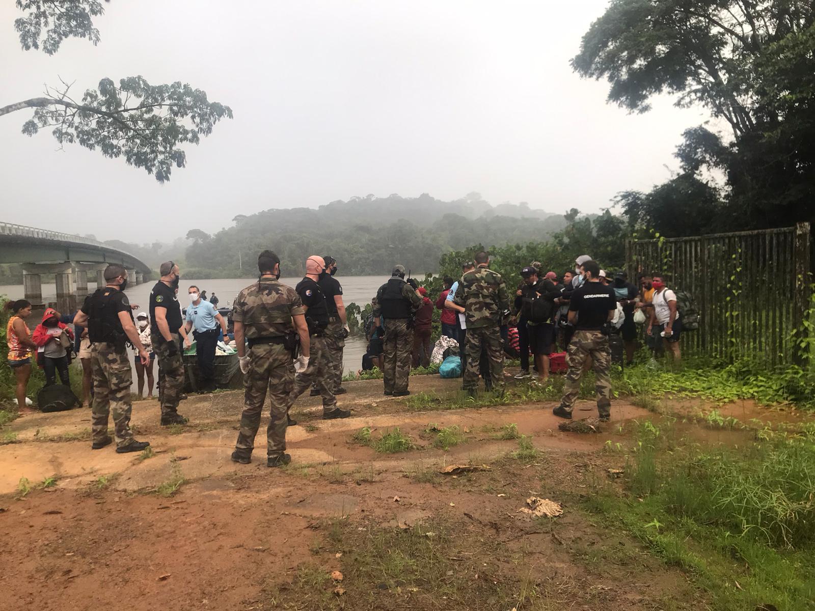Immigration irrégulière en Guyane  : Une pirogue avec 35 personnes interceptée