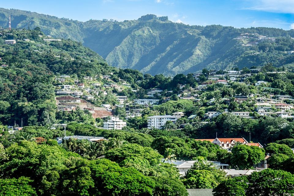 En Polynésie, le gouvernement local défend « une politique de l'habitat qui n'oublie personne »