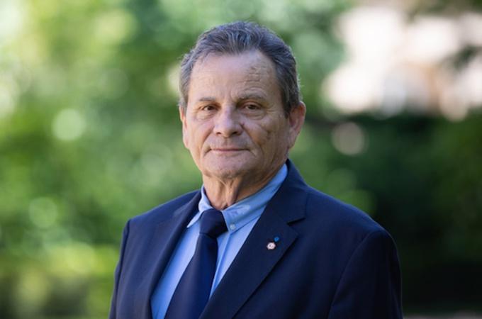La Réunion : Le sénateur Michel Dennemont victime d'une agression à l'arme blanche