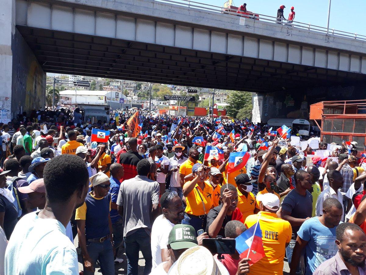 Les Haïtiens dans la rue contre l'insécurité