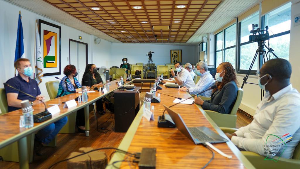 Guyane : Le Comité Scientifique Territorial préconise l'élargissement de la cible de la stratégie vaccinale du territoire