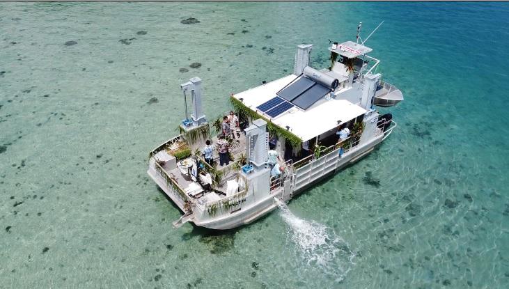 Polynésie : Inauguration de la barge scientifique mobile dédiée à l'étude des récifs