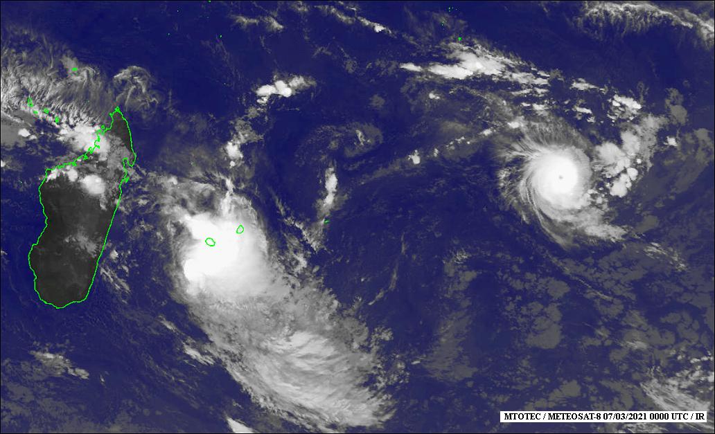 La Réunion : Après avoir perturbé le réseau électrique de 15 000 foyers, la tempête tropicale Iman à 165 km du territoire