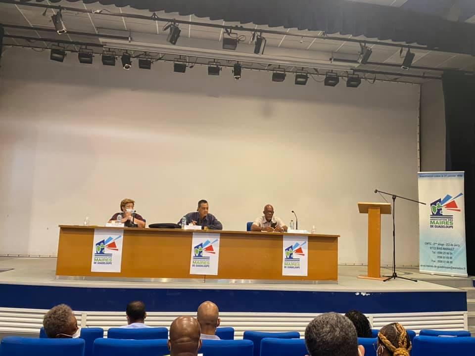 L'Association des Maires de Guadeloupe se réunit en vue de négociations avec l'UTC-UGTG
