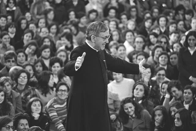 5. Por que razão afirma S. Josemaria que fundou o Opus Dei em 1928, se nessa data a Obra ainda não contava com nenhum membro?