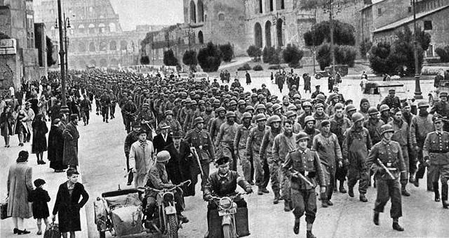 Wie war Escrivás Meinung zu Hitler und zum Nationalsozialismus?