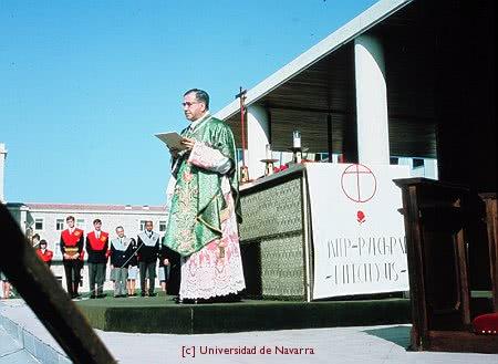 Ecouter une homélie de saint Josémaria