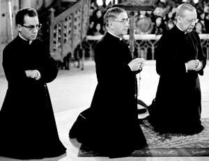 Wer waren seine Begleiter bei der Flucht? Wer gehörte zum Opus Dei und wer nicht?