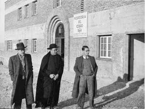 Warum kam es in der unmittelbaren Nachkriegszeit zu einer Konfrontation der Falange mit dem Opus Dei?