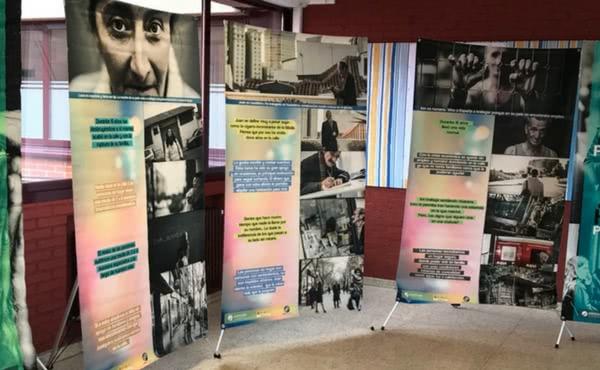 El colegio Peñalba acoge una exposición solidaria sobre Personas Sin Hogar