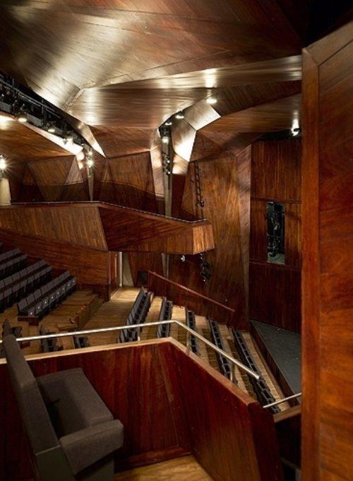 Lyric Theatre wins Civic Trust Award