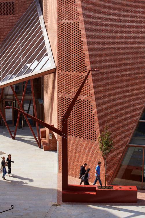 London School of Economics Student Centre