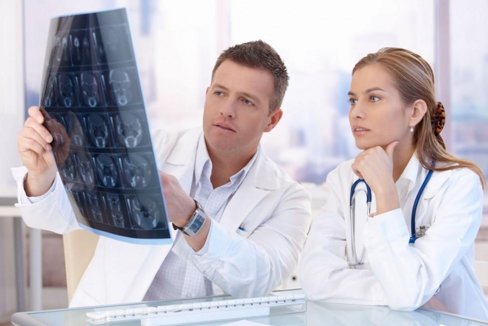 Сколько годны снимки МРТ