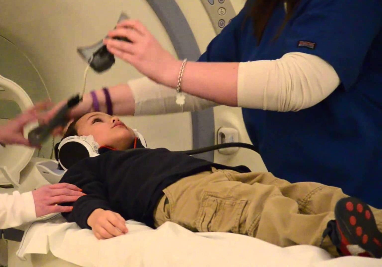 МРТ сустава детям