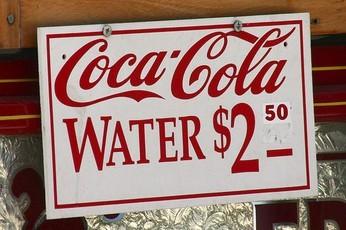 coca_cola_water_2.jpg