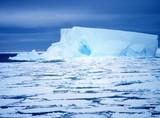 ijsbergopdriftnoaa.jpg