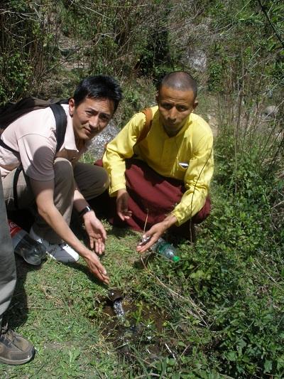 upload_achterpagina-Het-Dilemma-water-in-India-klein