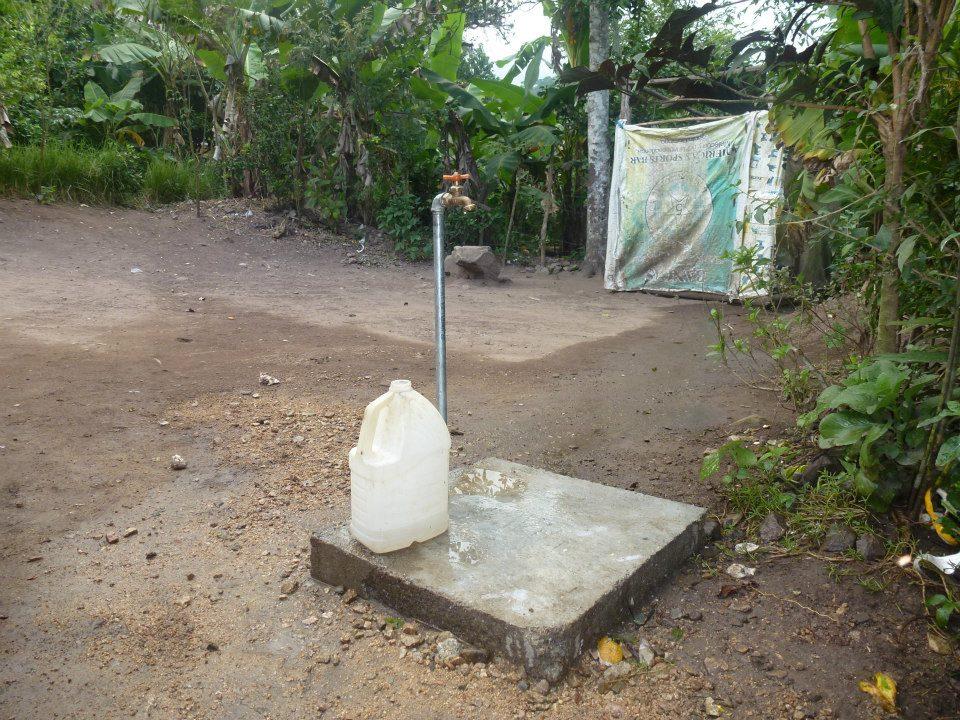 Kraan waaruit schoon water komt