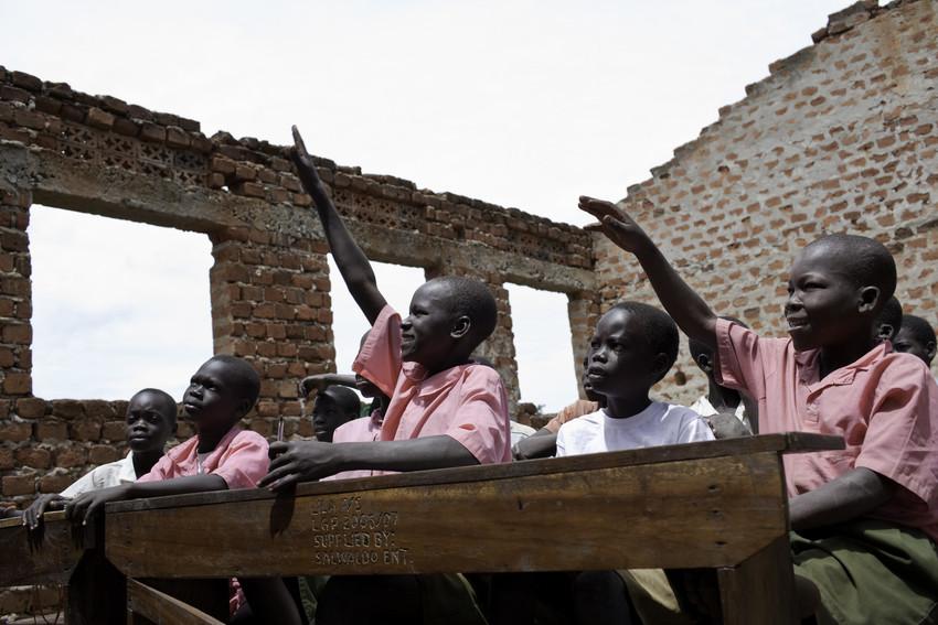 Kennis en informatie delen met anderen draagt bij aan  een rechtvaardige wereld zonder armoede.