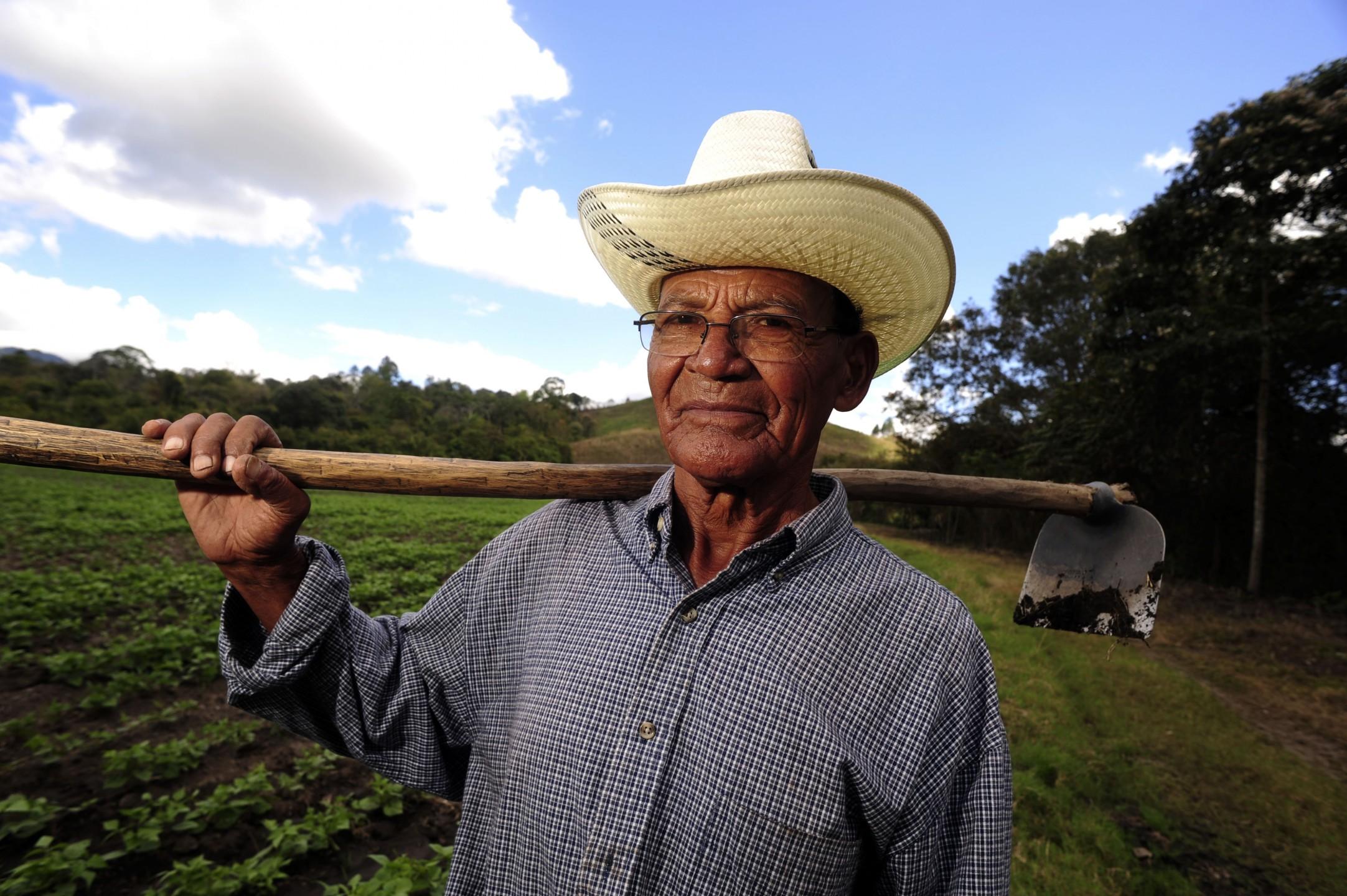 farmer_nicaragua.jpg