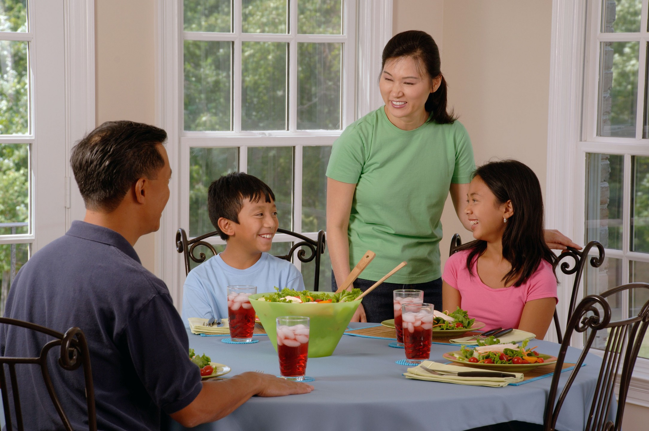 family_eating_at_a_table_1.jpg