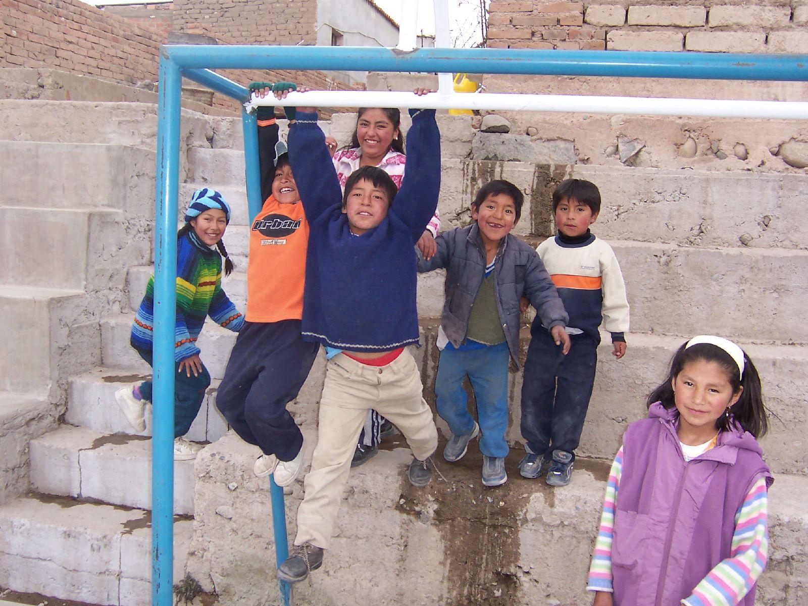 Spelende kinderen in Bolivia