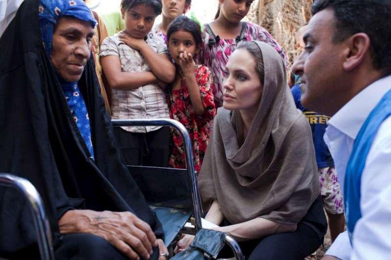 Archieffoto van een bezoek van Angelina Jolie aan Baghdad. Foto: UNHCR