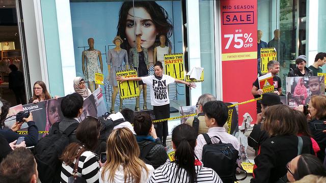 Protest n.a.v. ramp Rana Plaza