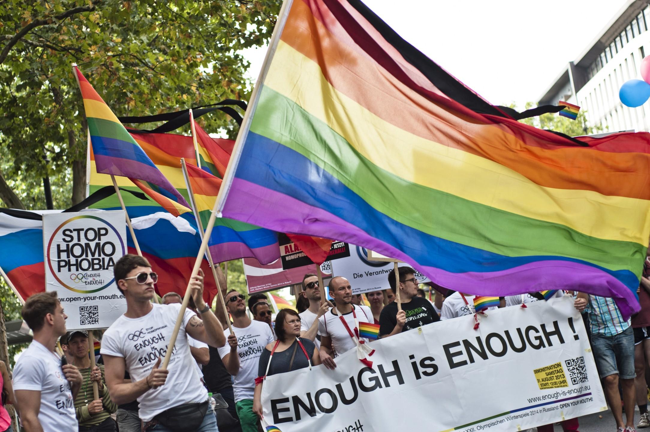 Demonstratie tegen anti-homogeweld in Rusland. Foto: Marco Fieber (Flickr)