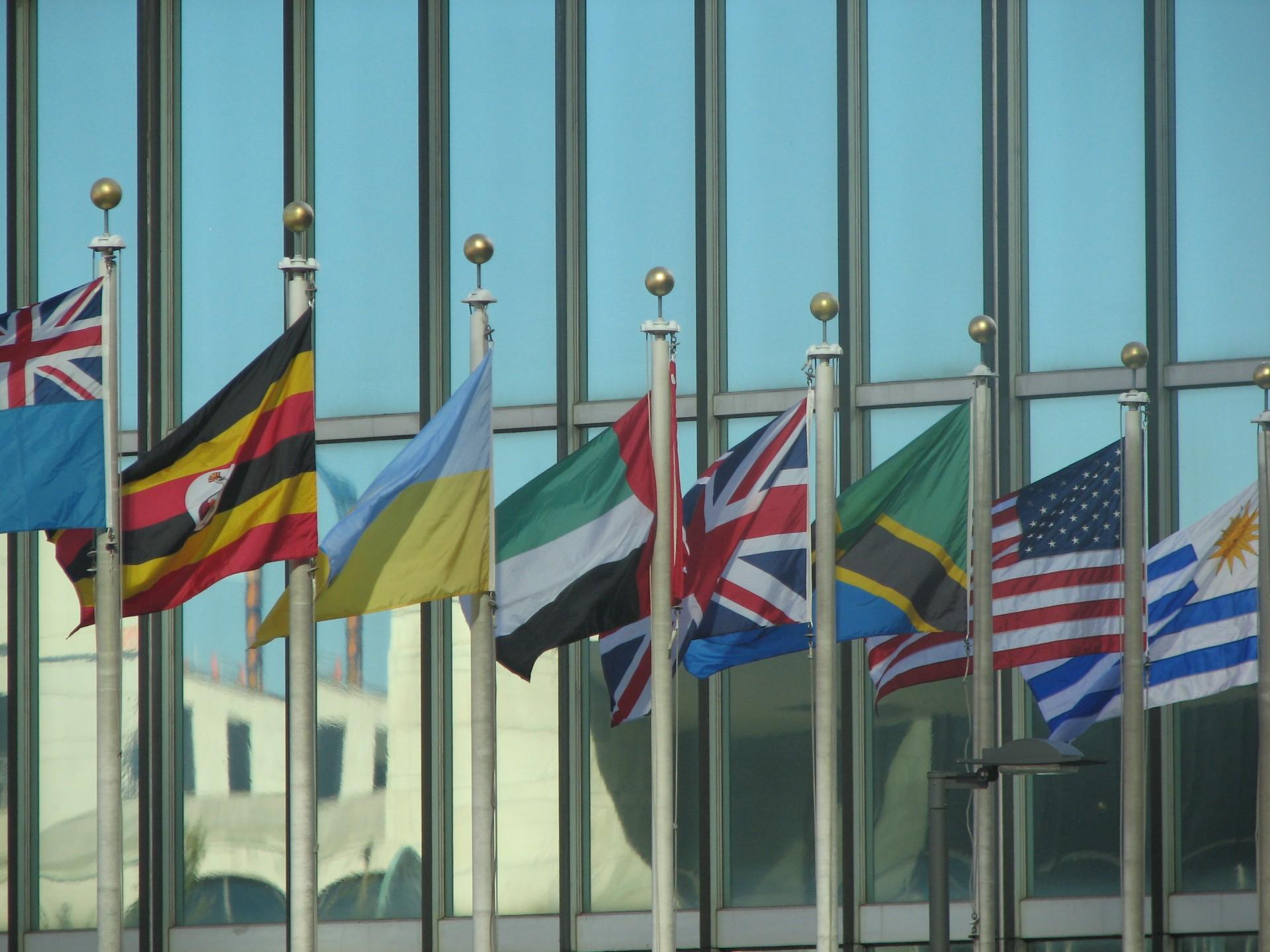 Vlaggen voor VN-hoofdkwartier in New York, in waar in september de duurzame ontwikkelingsagenda wordt aangenomen