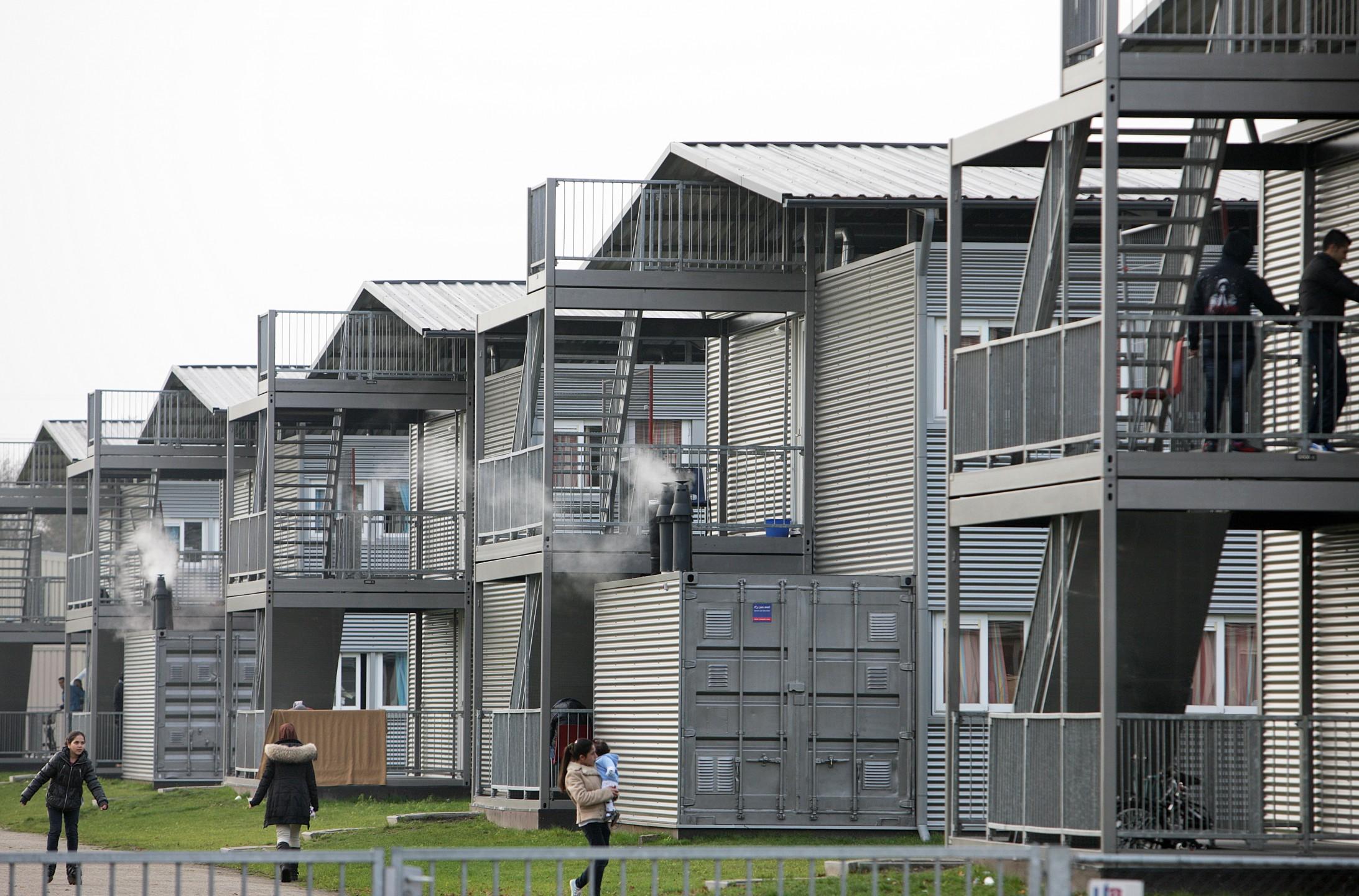 Tijdelijke woningen asielcomplex Ter Apel. Foto: Flickr/cc