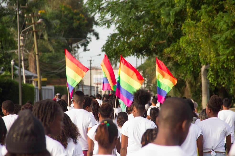 Homoseksualiteit Suriname religie