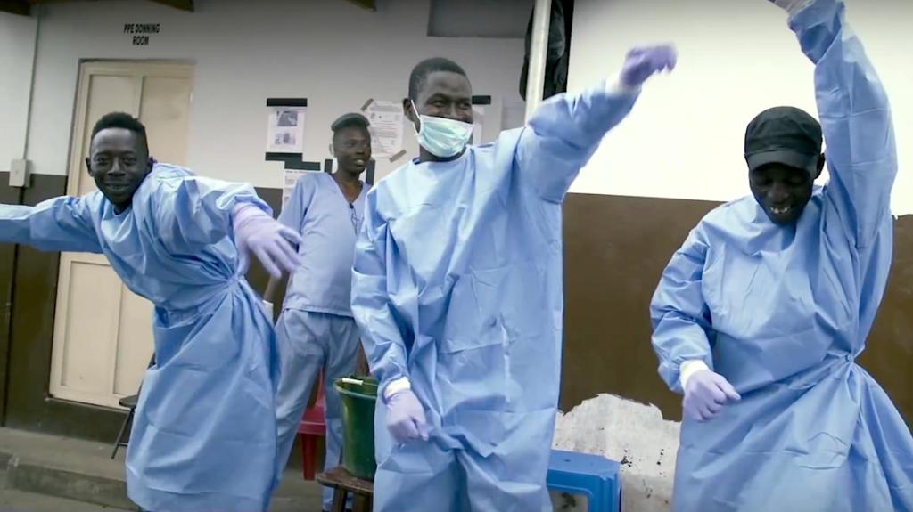 Deze clip 'Bye Bye ebola' van de Sierra Leoonse rapper Block Jones is een ode aan de Sierra Leoonse Ebola-strijders.