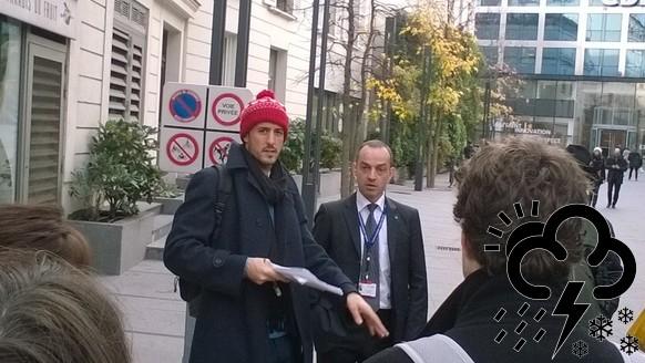 Wegens samenscholingsverbod moeilijk om te demonstreren in Parijs