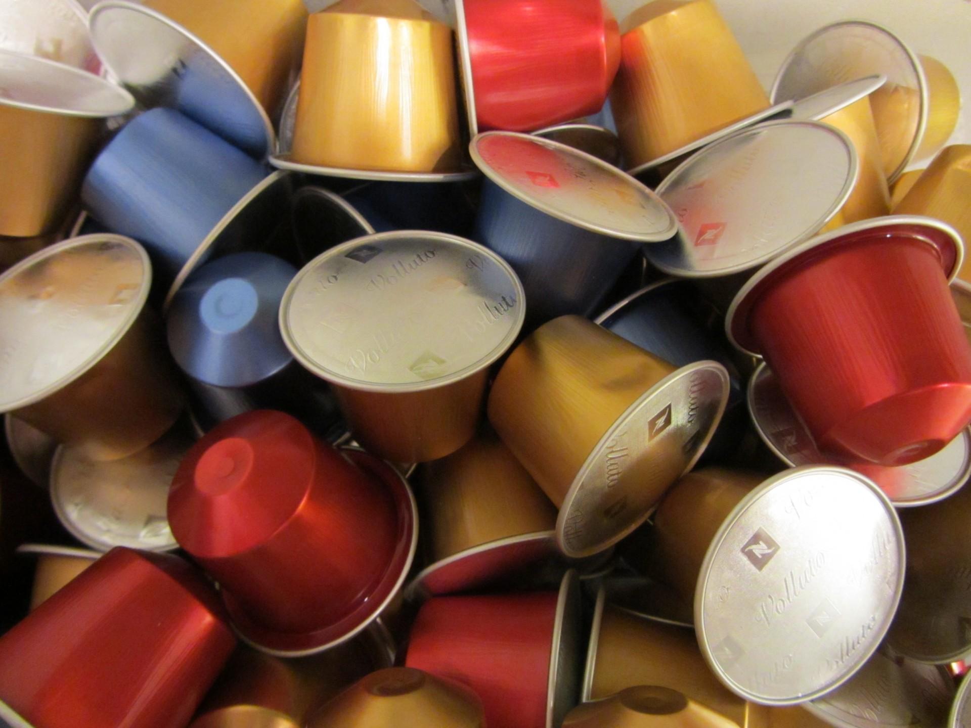 Miljarden koffiecups belanden jaarlijks bij het vuilnis