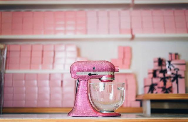 kitchenaid-mixer-crystal2.jpg