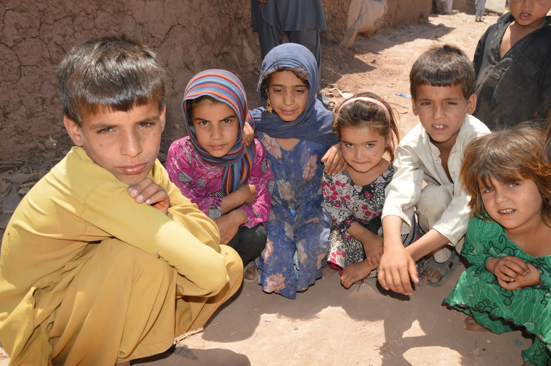 Pakistan dreigt vluchtelingen uit Afghanistan terug te sturen
