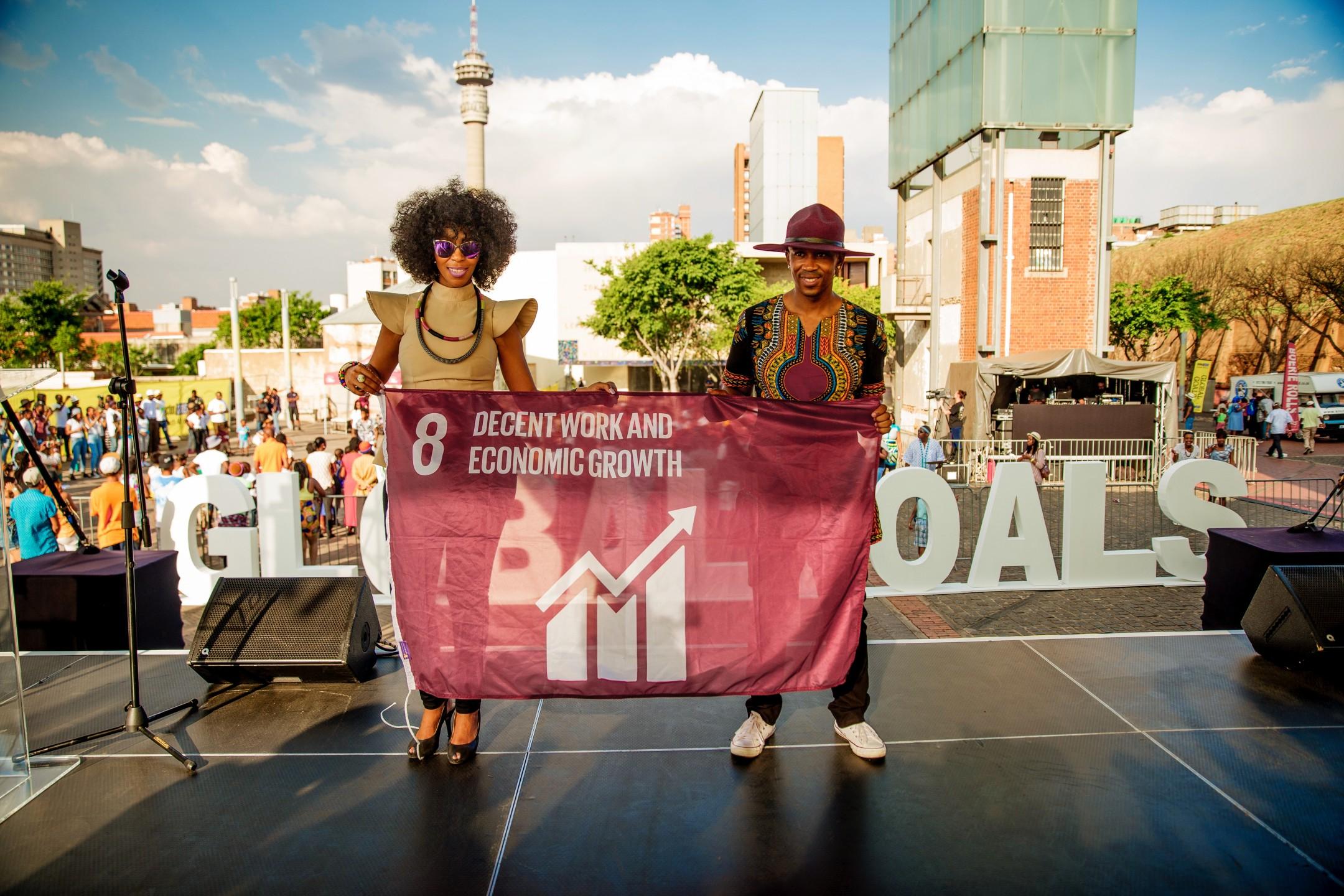 global-goals-mafikizolo-raised-a-flag-in-johannesburg-south-africa.jpg